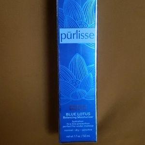 Pur Lisse Blue LOTUS Balancing Moisturizer